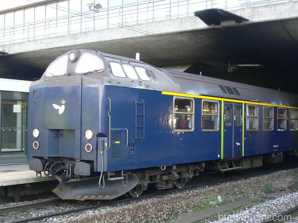 近郊客車列車 Funini Com